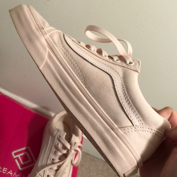 "VANS Mono Canvas Old Skool Shoes ""Peach Blush"""
